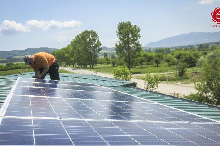 ქსელს მიერთებული მზის მიკროელექტრო სადგური თიანეთის საბავშვო ბაღისთვის