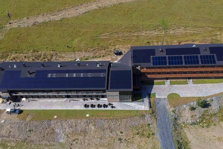 100 კილოვატიანი მზის მიკრო-ქსელური სისტემა თუშეთში